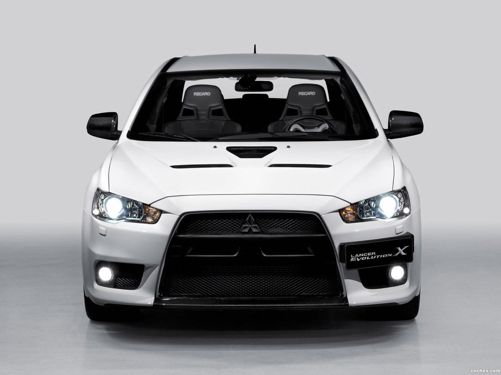 Foto 4 de Mitsubishi Lancer Evolution X Carbon Series 2012