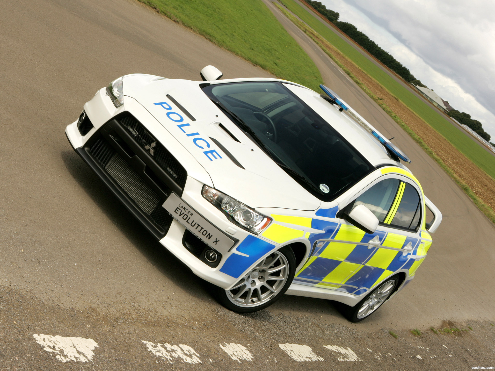 Mitsubishi Lancer Evo-X Policía Police UK