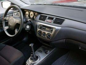Ver foto 17 de Mitsubishi Lancer Ralliart 2003