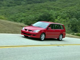 Ver foto 3 de Mitsubishi Lancer Sportback 2003
