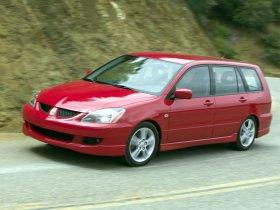 Ver foto 2 de Mitsubishi Lancer Sportback 2003