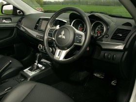 Ver foto 21 de Mitsubishi Lancer Sportback Ralliart UK 2009