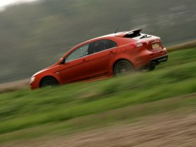 Ver foto 12 de Mitsubishi Lancer Sportback Ralliart UK 2009