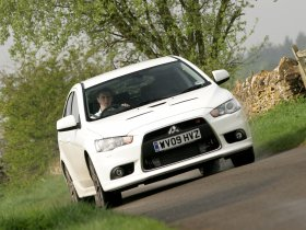 Ver foto 7 de Mitsubishi Lancer Sportback Ralliart UK 2009