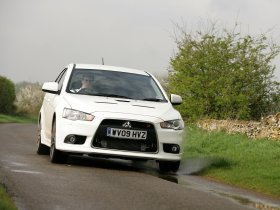 Ver foto 6 de Mitsubishi Lancer Sportback Ralliart UK 2009