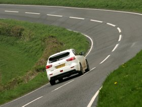 Ver foto 14 de Mitsubishi Lancer Sportback Ralliart UK 2009