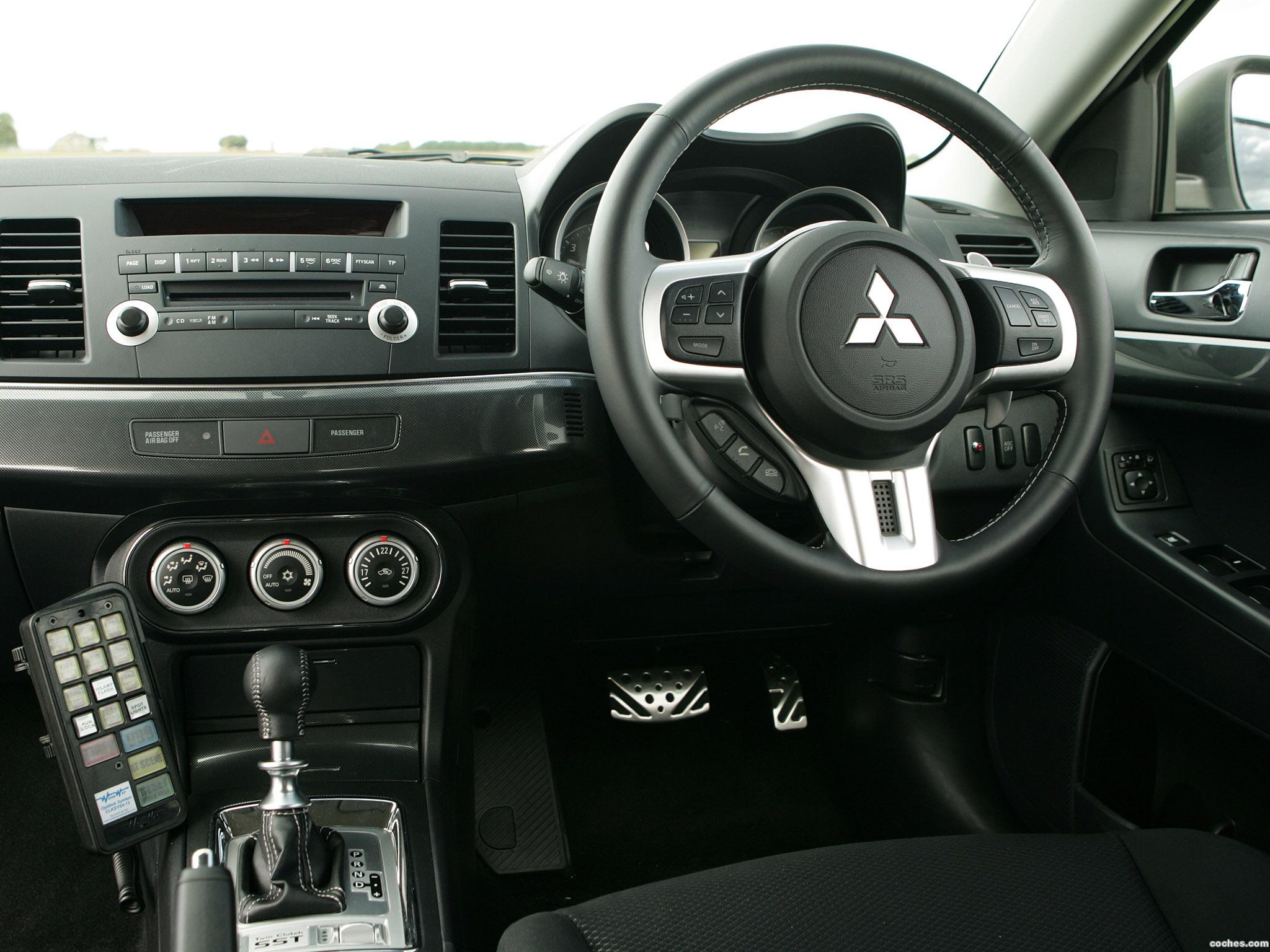 Foto 10 de Mitsubishi Lancer Sportback UK Police 2009