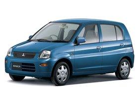 Ver foto 1 de Mitsubishi Minica 5 puertas 1998
