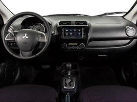 Ver foto 31 de Mitsubishi Mirage USA 2013