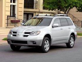 Ver foto 31 de Mitsubishi Outlander 2003