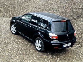 Ver foto 3 de Mitsubishi Outlander 2003