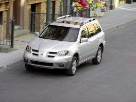 Ver foto 29 de Mitsubishi Outlander 2003