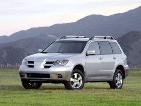 Ver foto 26 de Mitsubishi Outlander 2003