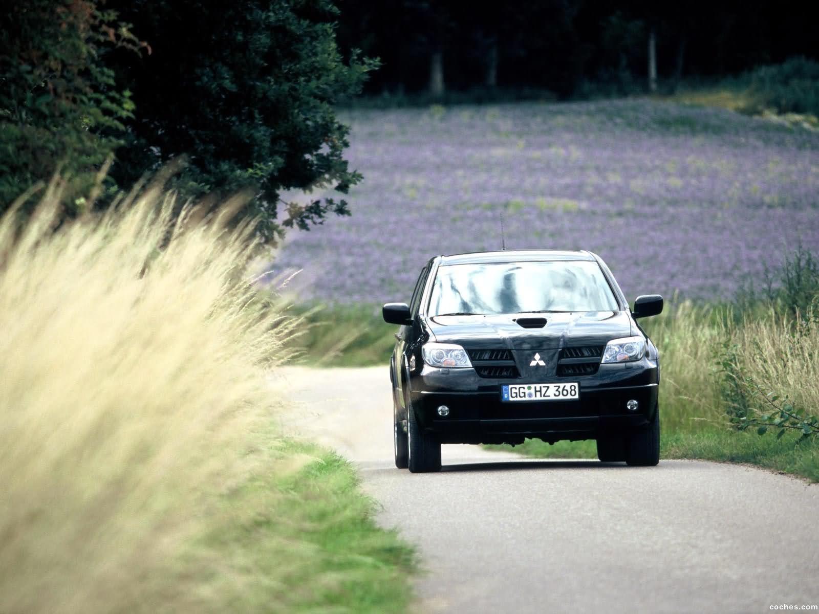 Foto 11 de Mitsubishi Outlander 2003