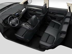 Ver foto 4 de Mitsubishi Outlander PHEV 2013