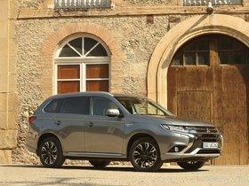 Ver foto 14 de Mitsubishi Outlander PHEV 2015