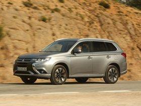 Ver foto 7 de Mitsubishi Outlander PHEV 2015