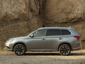 Ver foto 22 de Mitsubishi Outlander PHEV 2015