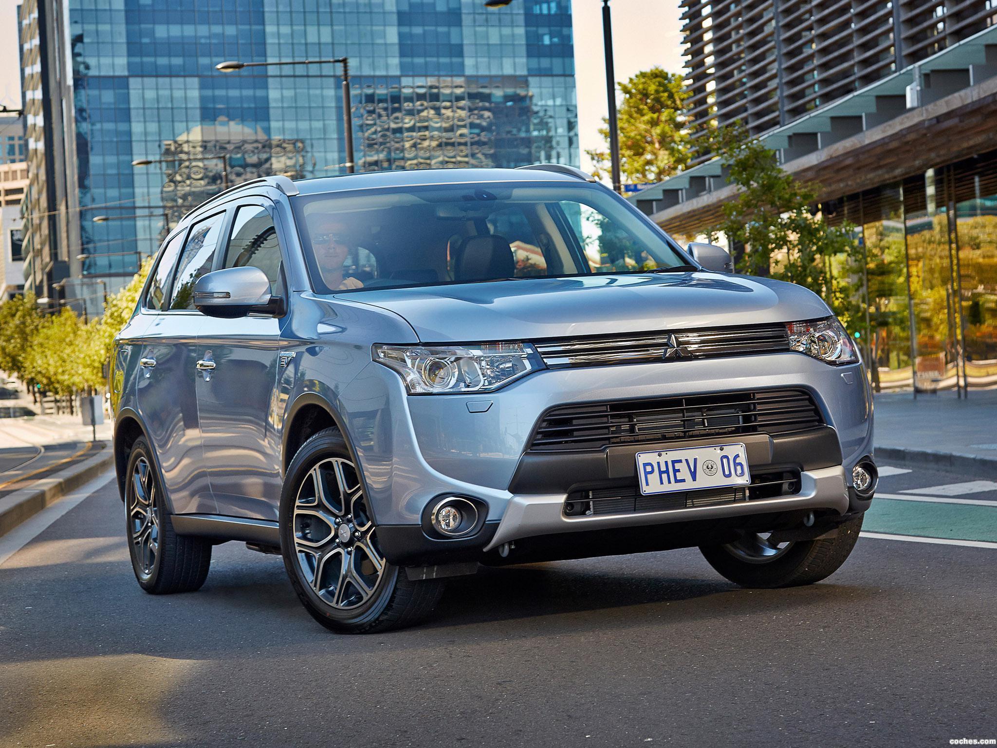 Foto 9 de Mitsubishi Outlander PHEV Australia 2014
