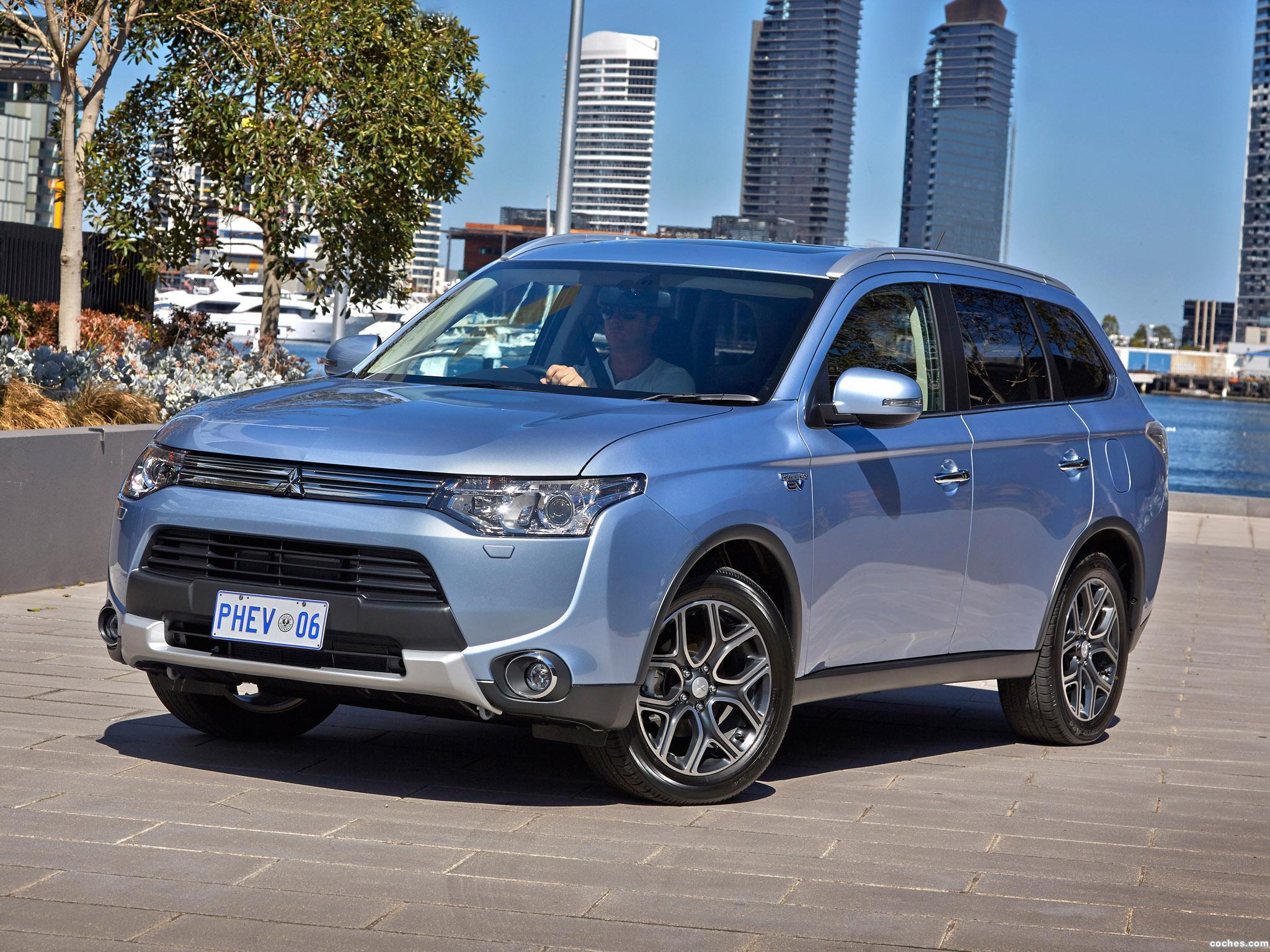 Foto 7 de Mitsubishi Outlander PHEV Australia 2014