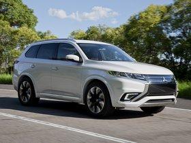Ver foto 11 de Mitsubishi Outlander PHEV Concept S 2014