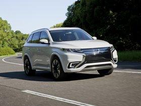 Ver foto 10 de Mitsubishi Outlander PHEV Concept S 2014