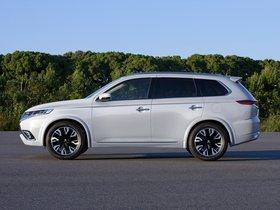 Ver foto 6 de Mitsubishi Outlander PHEV Concept S 2014