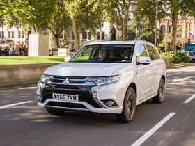 Fotos de Mitsubishi Outlander PHEV UK 2016