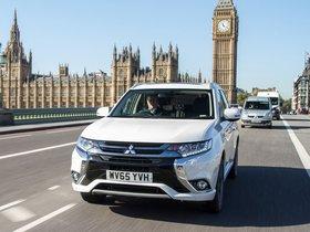 Ver foto 10 de Mitsubishi Outlander PHEV UK 2016