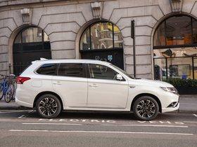 Ver foto 3 de Mitsubishi Outlander PHEV UK 2016