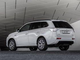 Ver foto 16 de Mitsubishi Outlander PHEV 2013