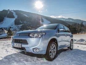 Ver foto 14 de Mitsubishi Outlander PHEV 2013