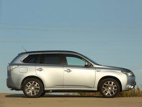 Ver foto 8 de Mitsubishi Outlander PHEV 2013