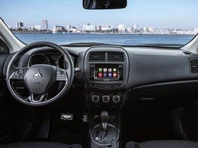 Ver foto 17 de Mitsubishi Outlander Sport Limited Edition 2017