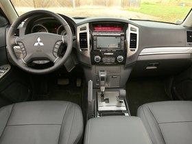 Ver foto 29 de Mitsubishi Pajero 5 puertas 2014