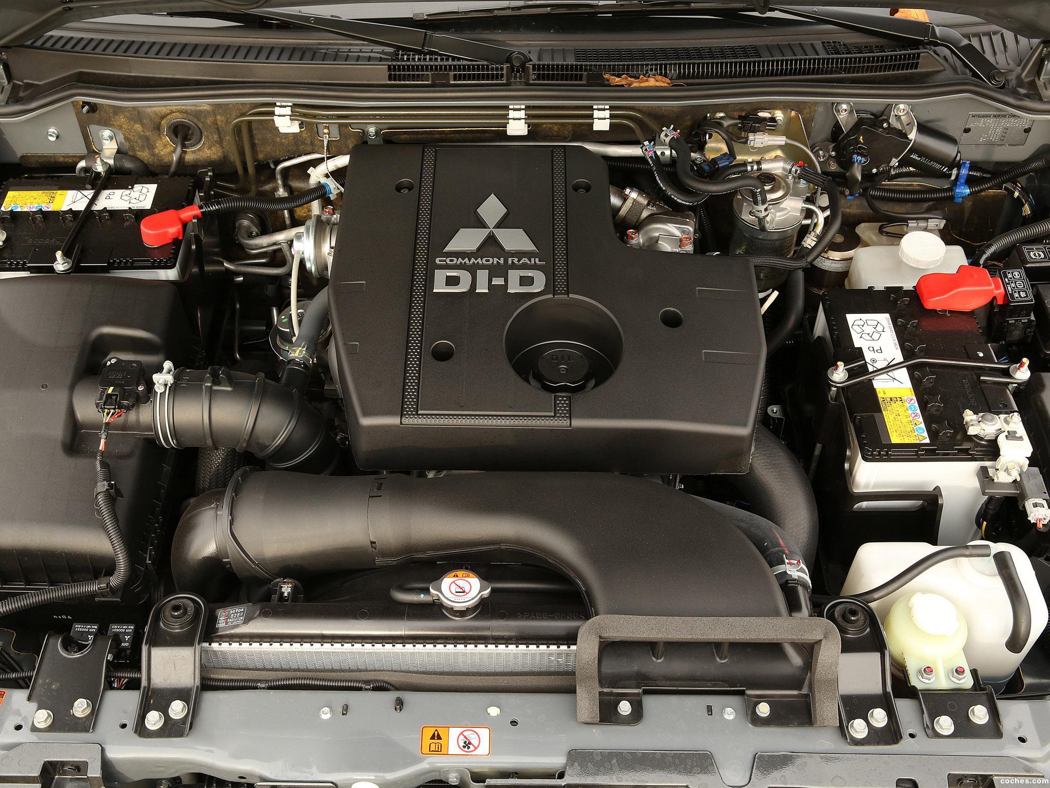 Foto 22 de Mitsubishi Pajero 5 puertas 2014