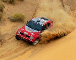 Fotos de Mitsubishi Pajero Dakar 2004