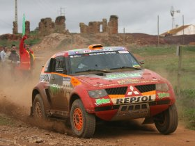 Ver foto 7 de Mitsubishi Pajero Dakar 2006