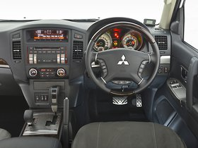 Ver foto 19 de Mitsubishi Pajero SWB Legend 2014
