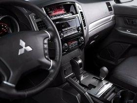 Ver foto 6 de Mitsubishi Pajero Van 2017