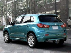 Ver foto 15 de Mitsubishi RVR 2011