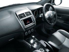 Ver foto 12 de Mitsubishi RVR 2011