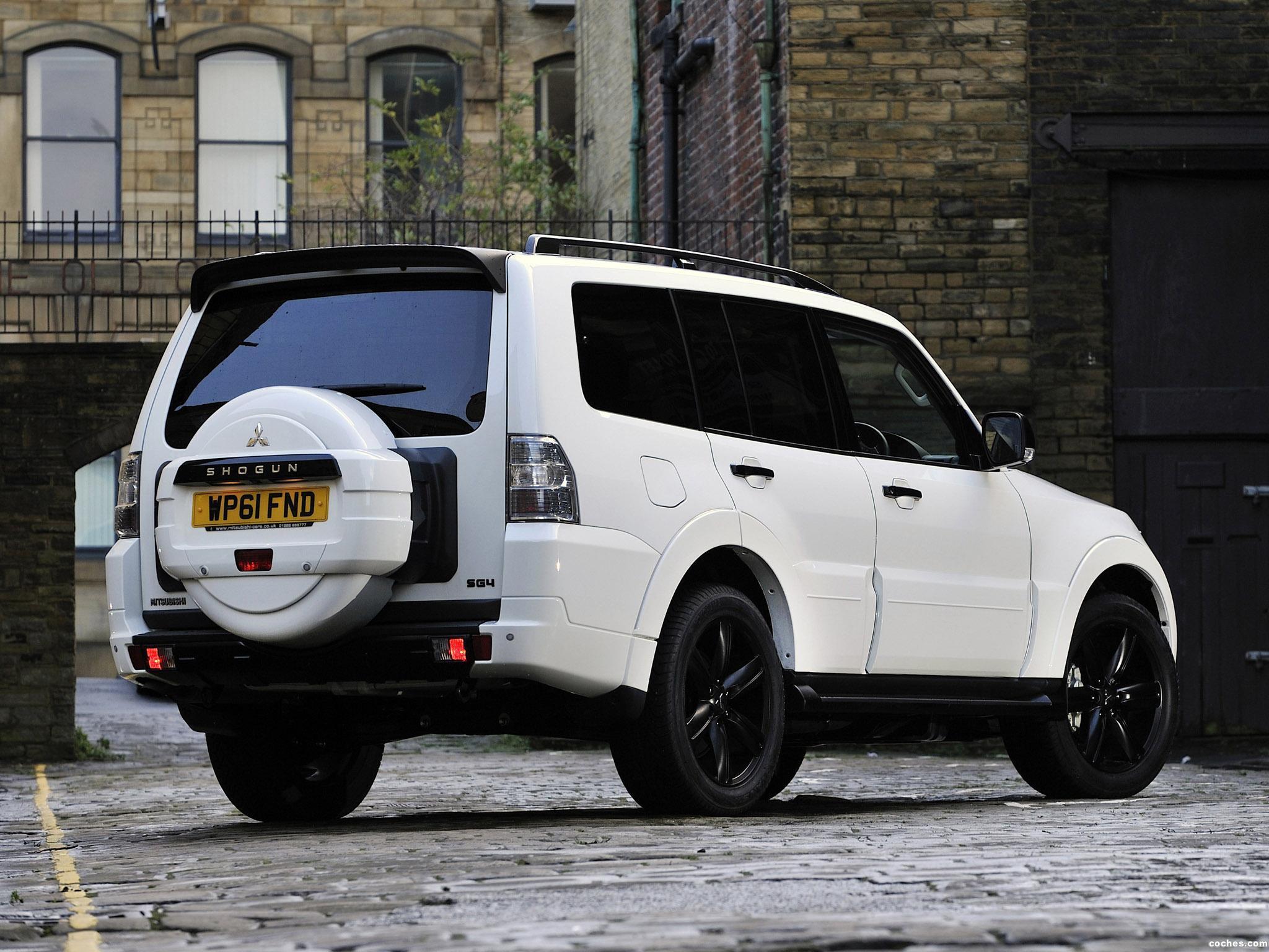 Foto 3 de Mitsubishi Shogun Black Edition 2012