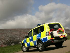 Ver foto 6 de Mitsubishi Shogun UK Police 2008