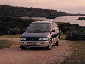 Ver foto 2 de Mitsubishi Space Runner N10W 1995