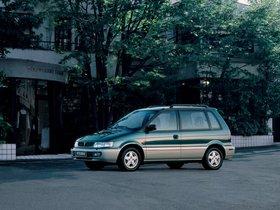 Ver foto 4 de Mitsubishi Space Runner N10W 1995