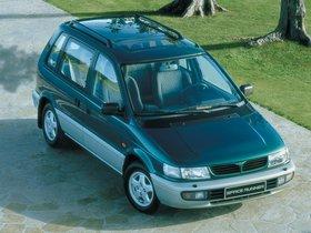 Ver foto 3 de Mitsubishi Space Runner N10W 1995