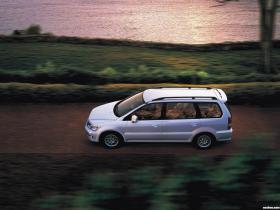 Ver foto 5 de Mitsubishi Space Wagon 1997
