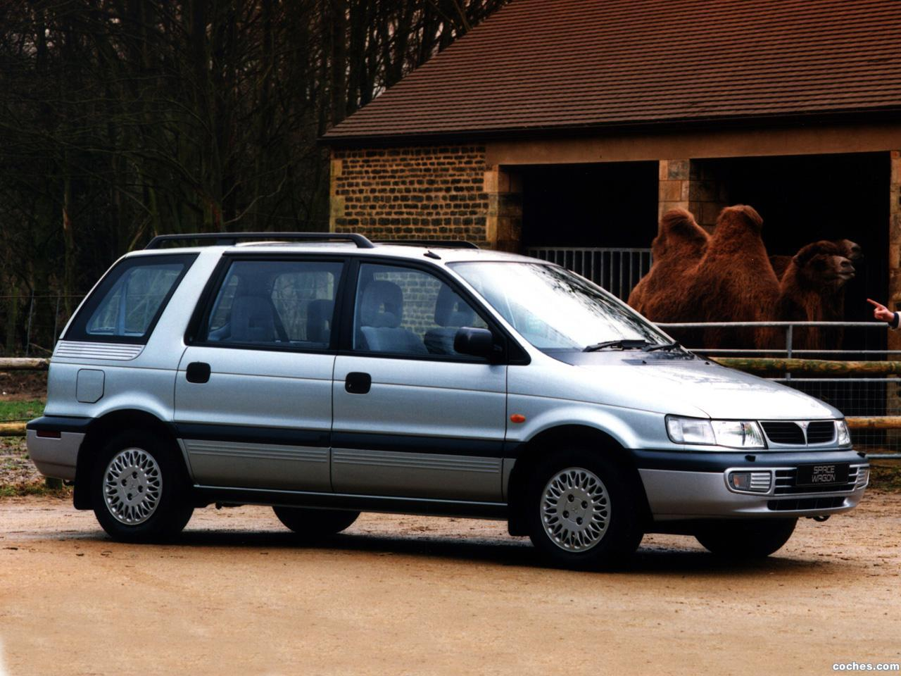 Foto 0 de Mitsubishi Space Wagon UK 1994