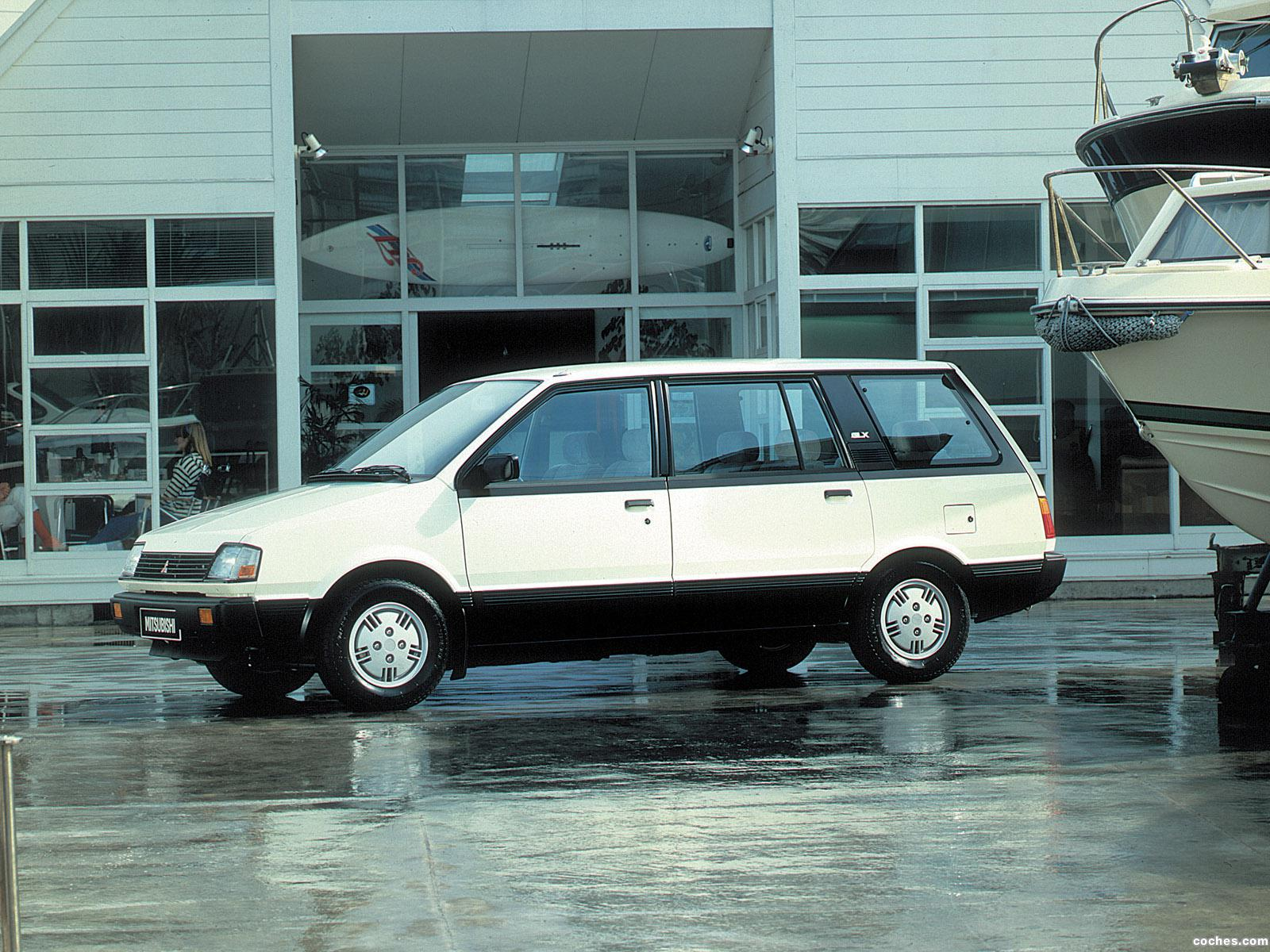 Foto 0 de Mitsubishi Space Wagon 1983